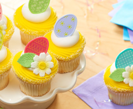 How-To Make Easter Cupcakes with Cupcake Rings