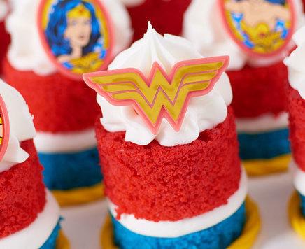 How-To Make Wonder Woman Mini Cakes