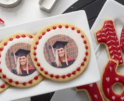 How-To Make Class Photo Graduation Cookies