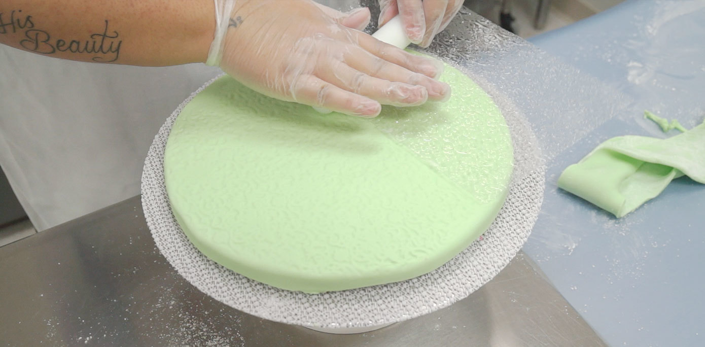 decorating a cake board