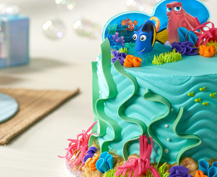 How-To Create a Fintastic Finding Dory Cake