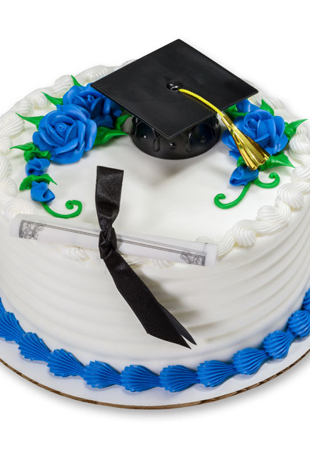 How-To Make a Classic Graduation Cake