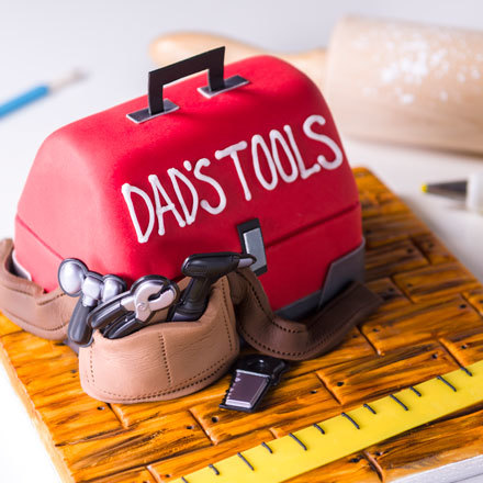 How-To Make a Father's Day Tool Box Cake using Fondant