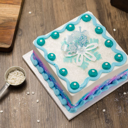 How-To Make Snowflake Cake