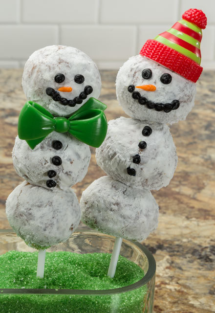 How-To Make Snowman Pops