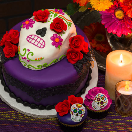 How-To Make a Day of the Dead Fondant Skull Cake