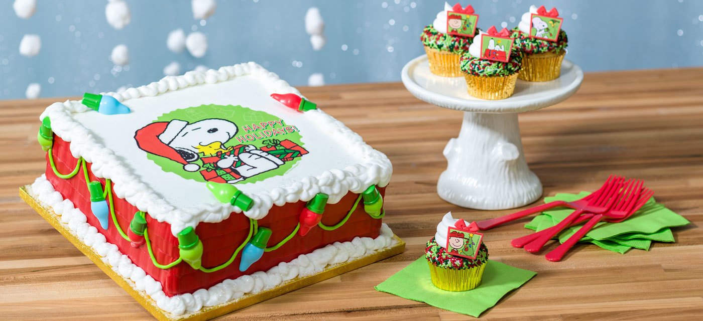 How-to Make a Peanuts Snoopy and Woodstock Christmas Cake