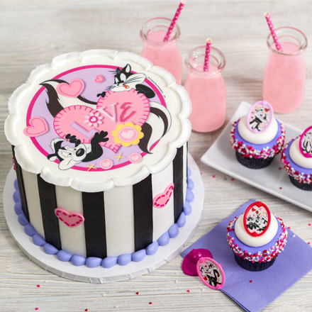 How-To Make a Three Layer Pepe Le Pew and Penelope Valentine's Day Cake