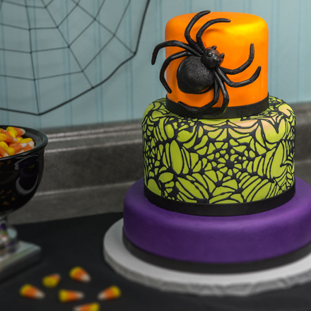 How-To Make a 3-Tier Spider & Web Fondant Cake
