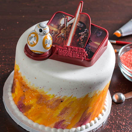How-To Make a Star Wars: The Force Awakens Cake