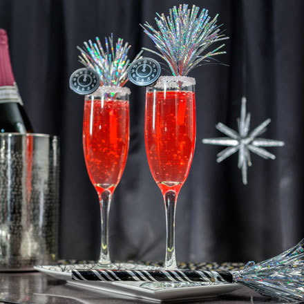 How-To Make New Year's Eve Gelatin Champagne Flutes