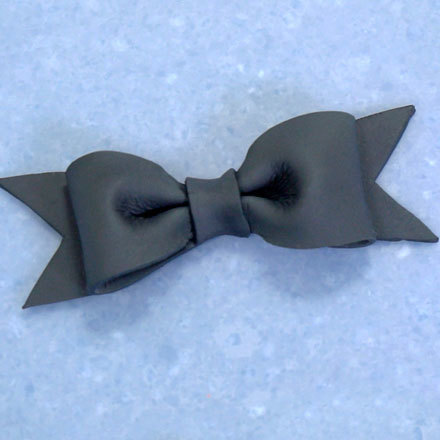 How-To Make a Gum Paste Bow