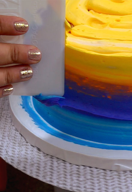 How-To Create an Airbrush Effect with Icing Alone