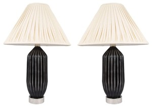 Black_glass_lamps