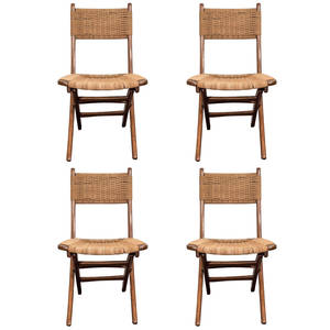Four_wegner_chairs