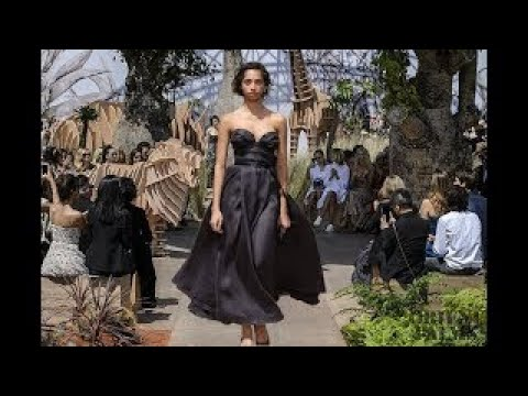 Christian Dior | Haute Couture | Fall/Winter 2017 2018 fashion today