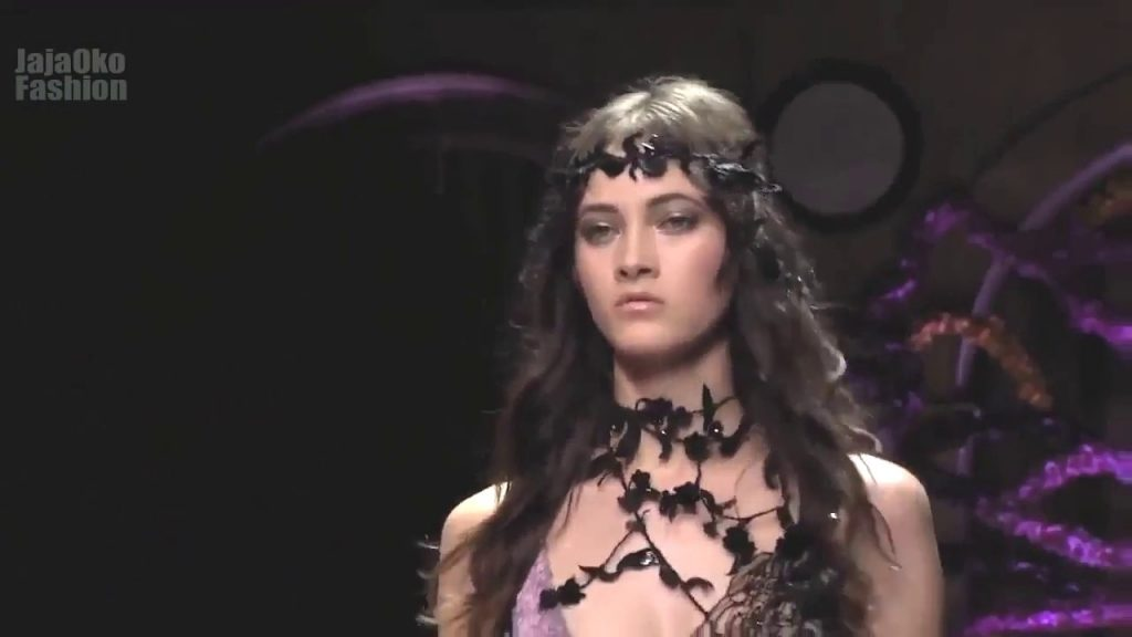 Fashion Show Versace Haute Couture Fall Winter 2015 by Fashion Show Channel HD