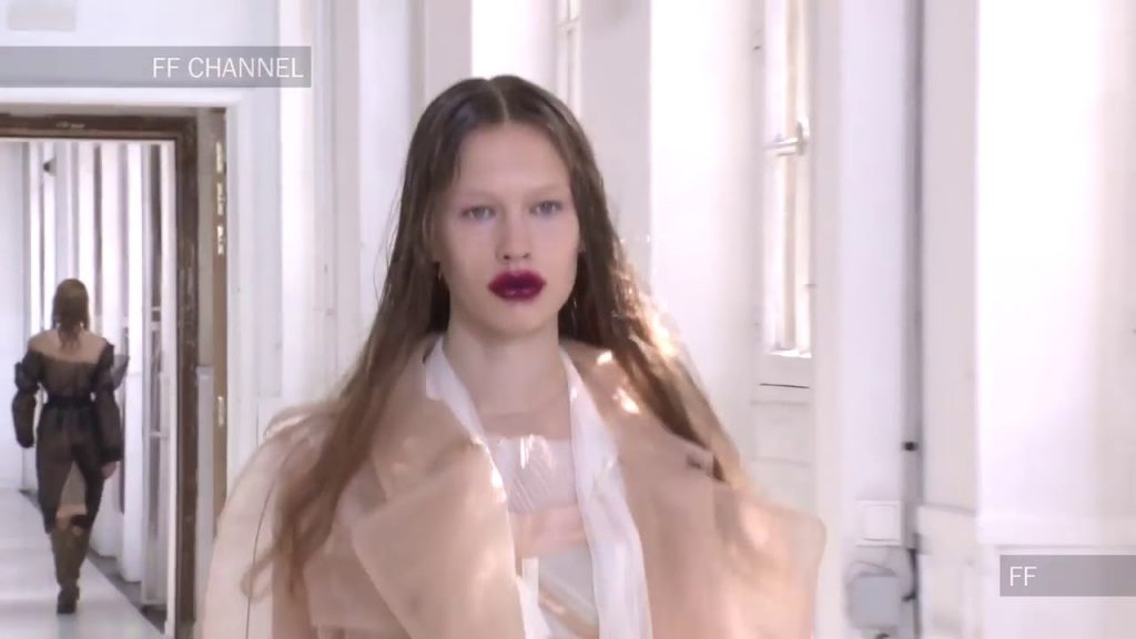 Maison Margiela | Haute Couture Fall Winter 2017/2018 Full Show | Exclusive -fashion week show