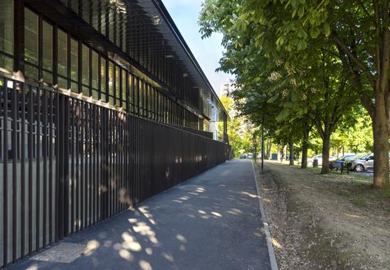 facade place