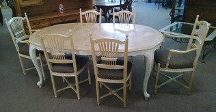 CENTURY FRENCH TABLE & 6CHAIRS