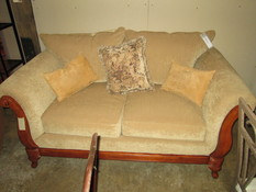 GOLD W/WOOD TRIM LOVESEAT