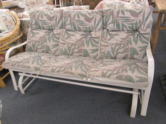 LOVESEAT OUTDOOR GLIDER