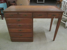 4 DRAWER LEG DESK