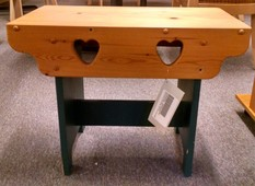 COUNTRY STOOL WITH HEARTS