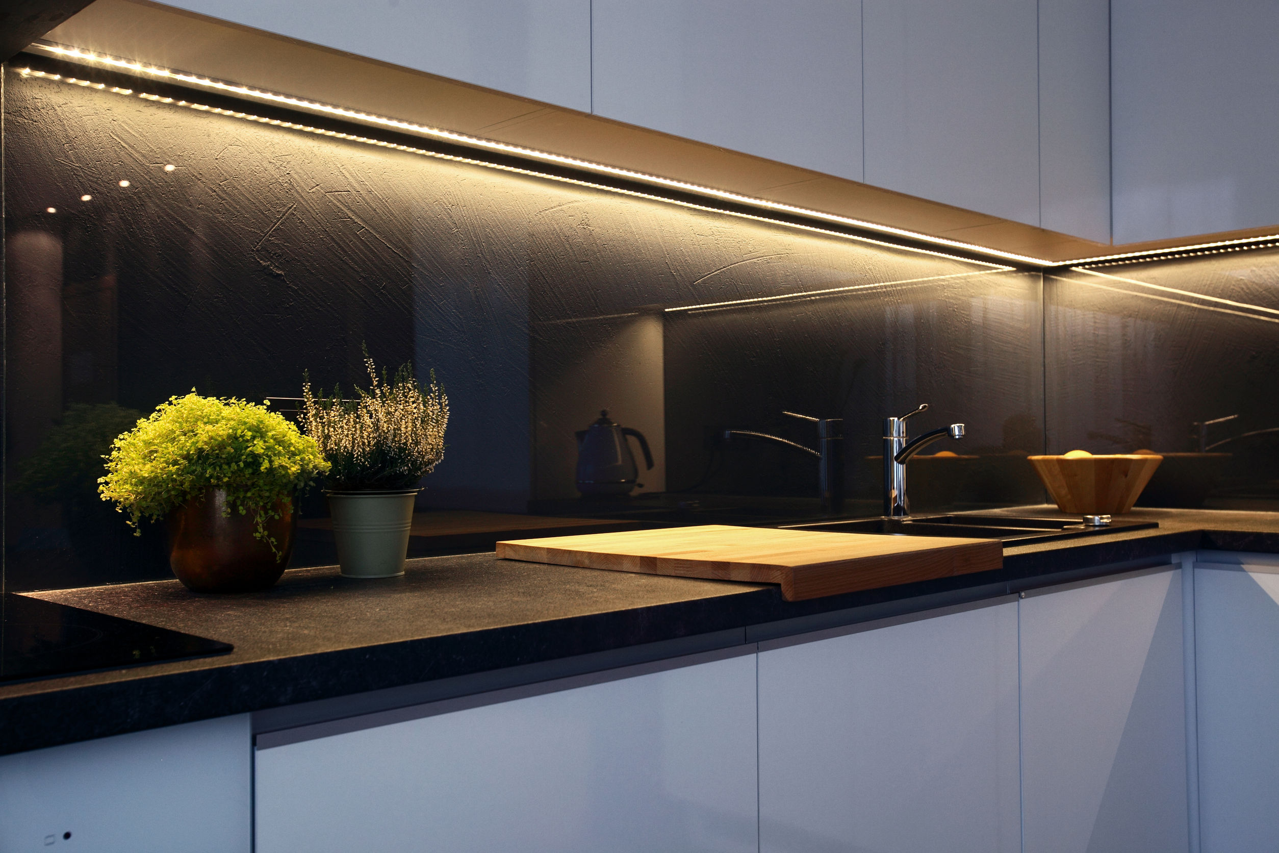 led kitchen