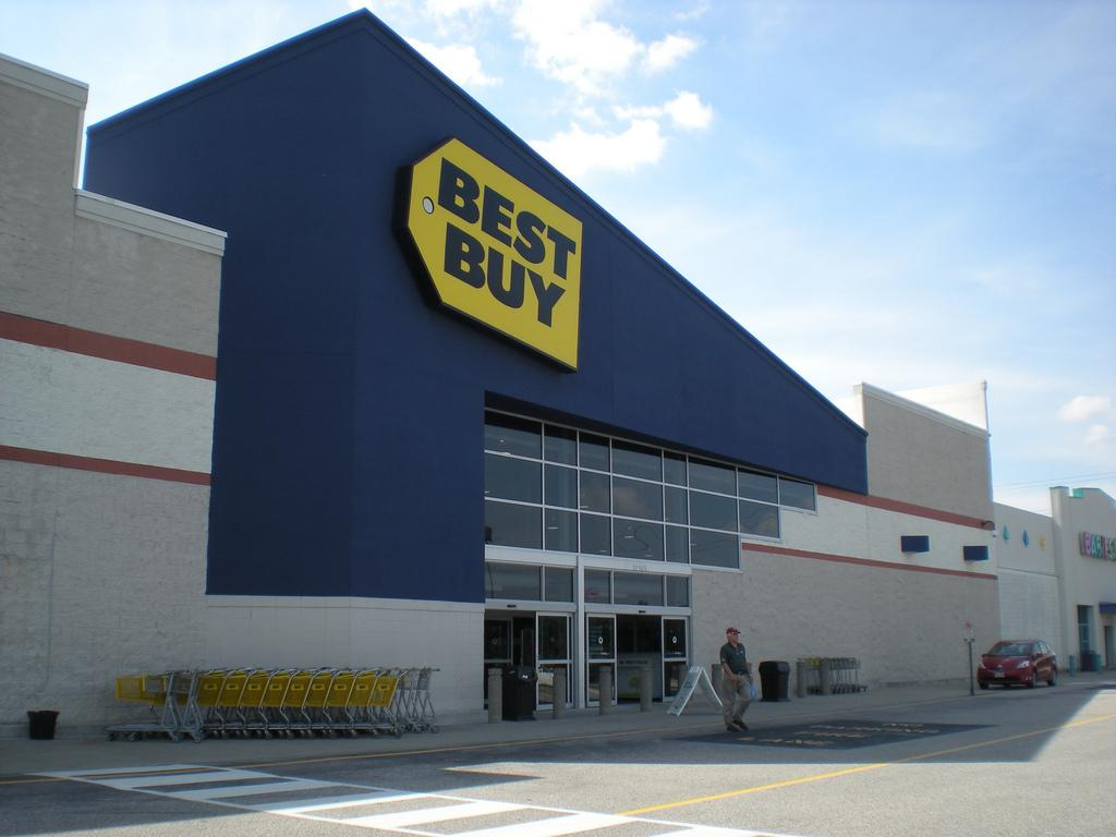 Sony will showcase its high end products at 350 best buy for Best site to buy