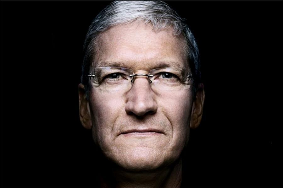 Il ritratto del CEO Apple, Tim Cook (http://s3.amazonaws.com)