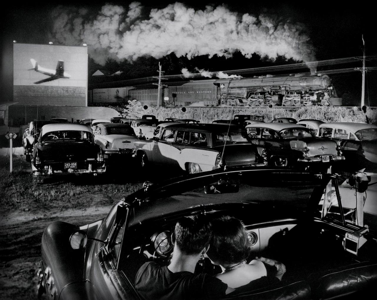 when drive-in theaters