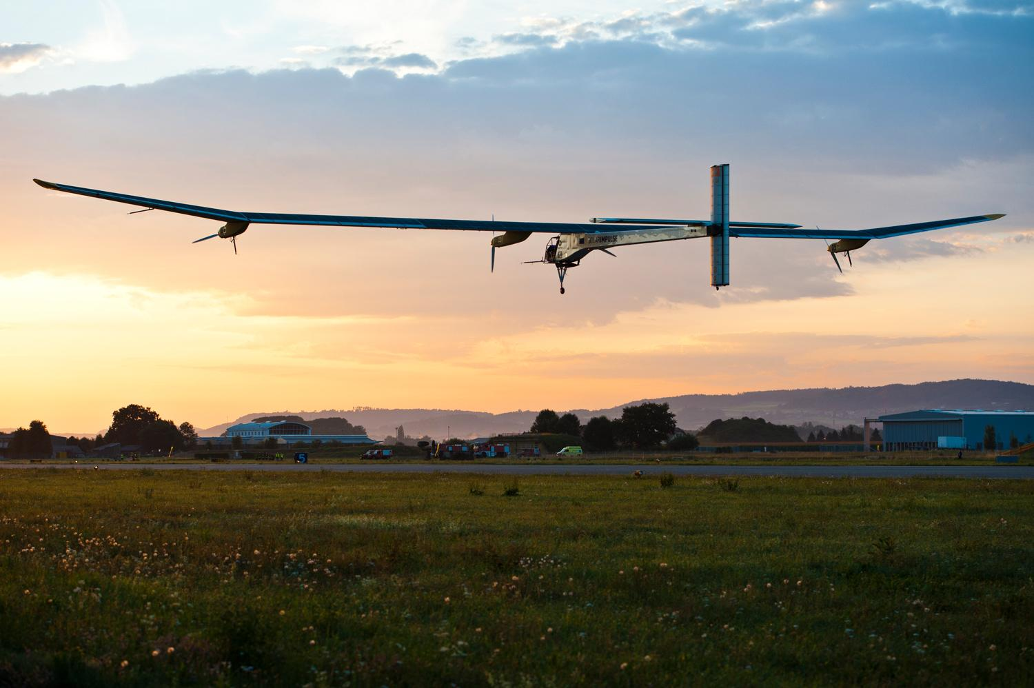 the solar impulse aircraft as the future of transformation Solar impulse is a swiss long-range experimental solar-powered aircraft project, and also the name of the project's two operational aircraft the privately financed project is led by swiss engineer and businessman andré borschberg and swiss psychiatrist and balloonist bertrand piccard, who co-piloted breitling orbiter 3.