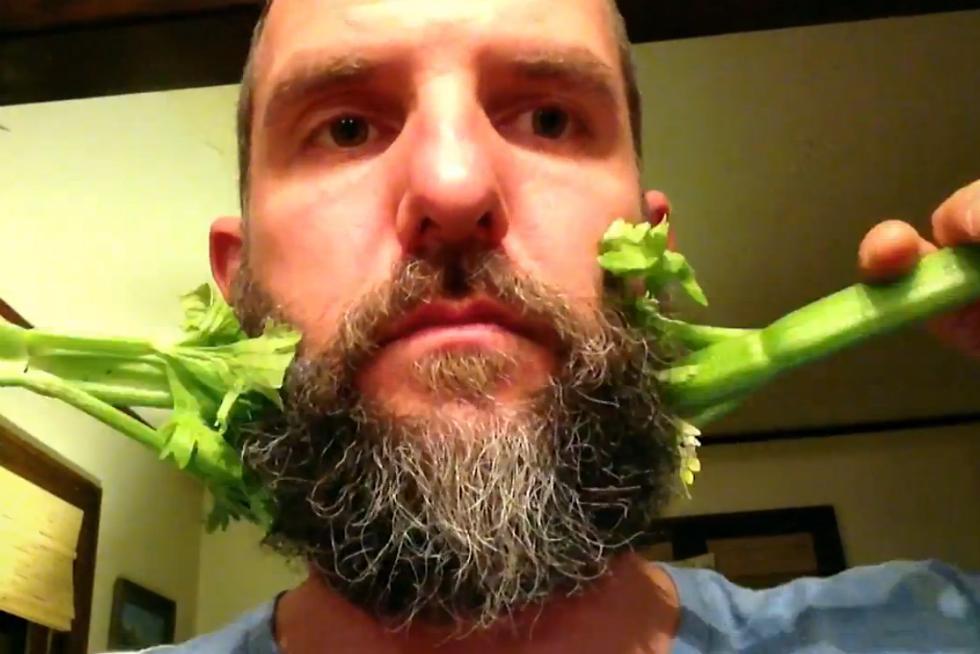 Man With Magic Beard And Stopmotion App Creates Amusing Viral - Hairstyle beard app