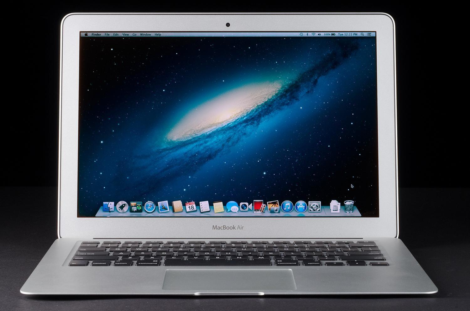 MacBook Air 11in MD712ZP/B Early 2014