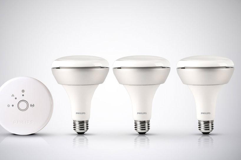 phillips debuts new hue br30 internet connected light bulbs digital. Black Bedroom Furniture Sets. Home Design Ideas