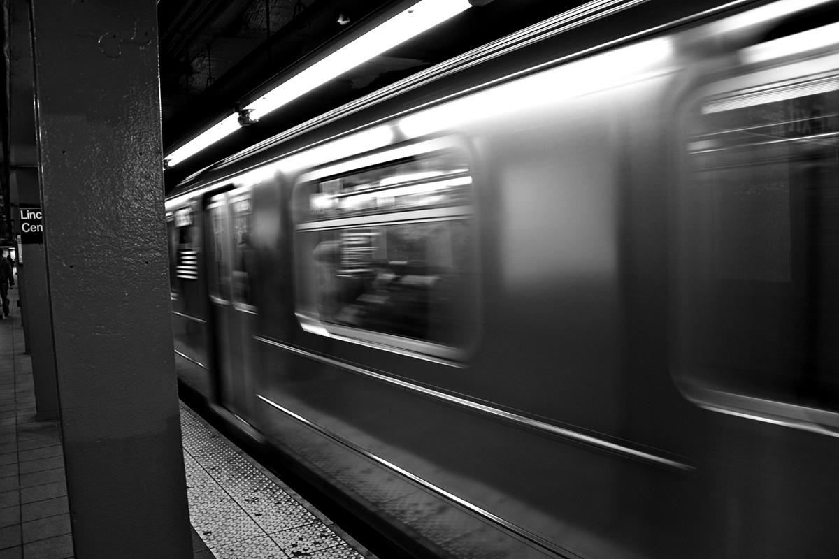 man hops on subway track to grab cell phone  survives
