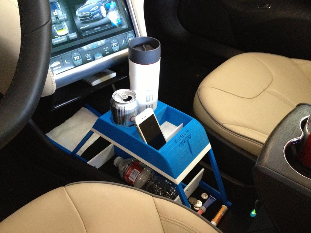 tesla model s 3d print a center console from thingiverse digital trends. Black Bedroom Furniture Sets. Home Design Ideas
