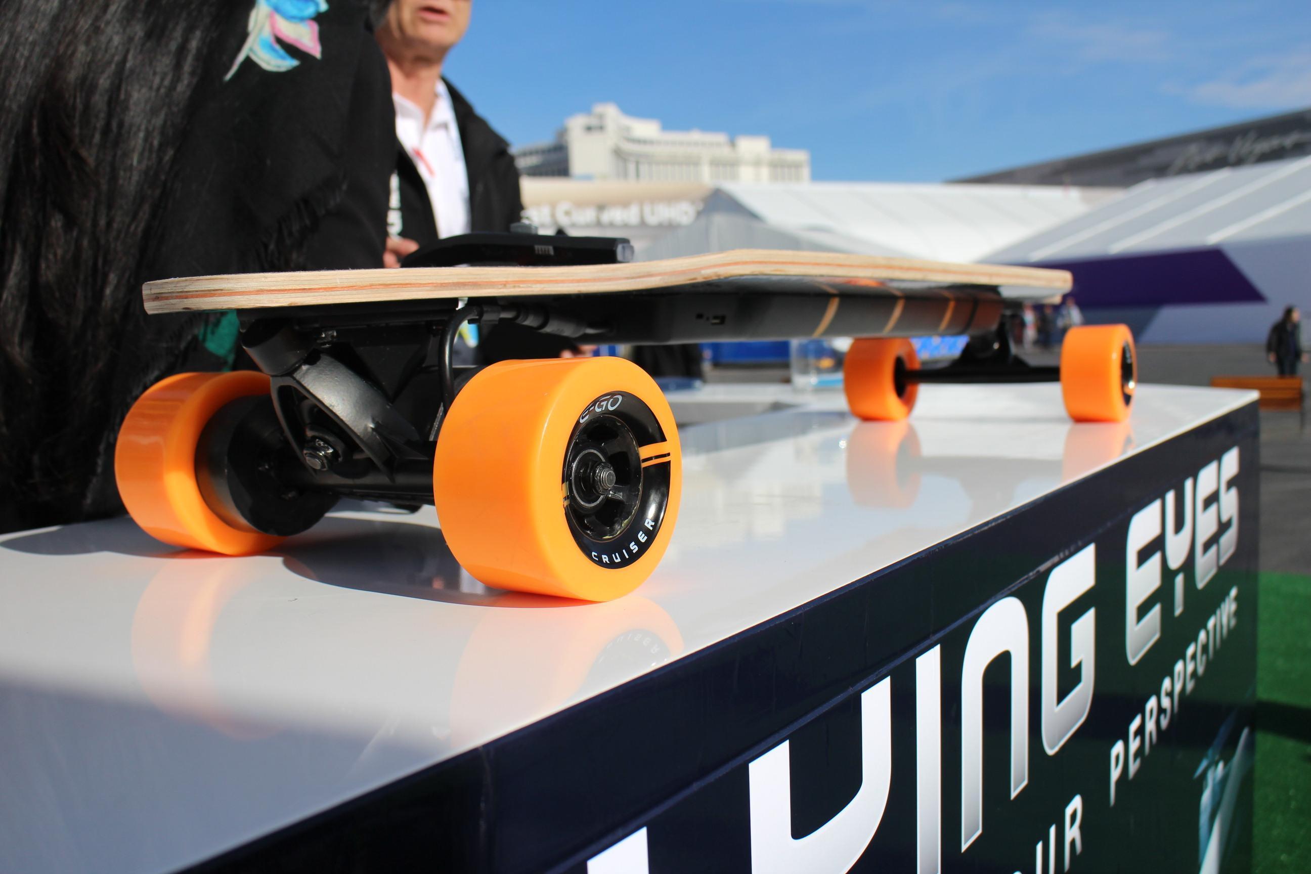 E Go The World S Lightest Motorized Longboard Digital