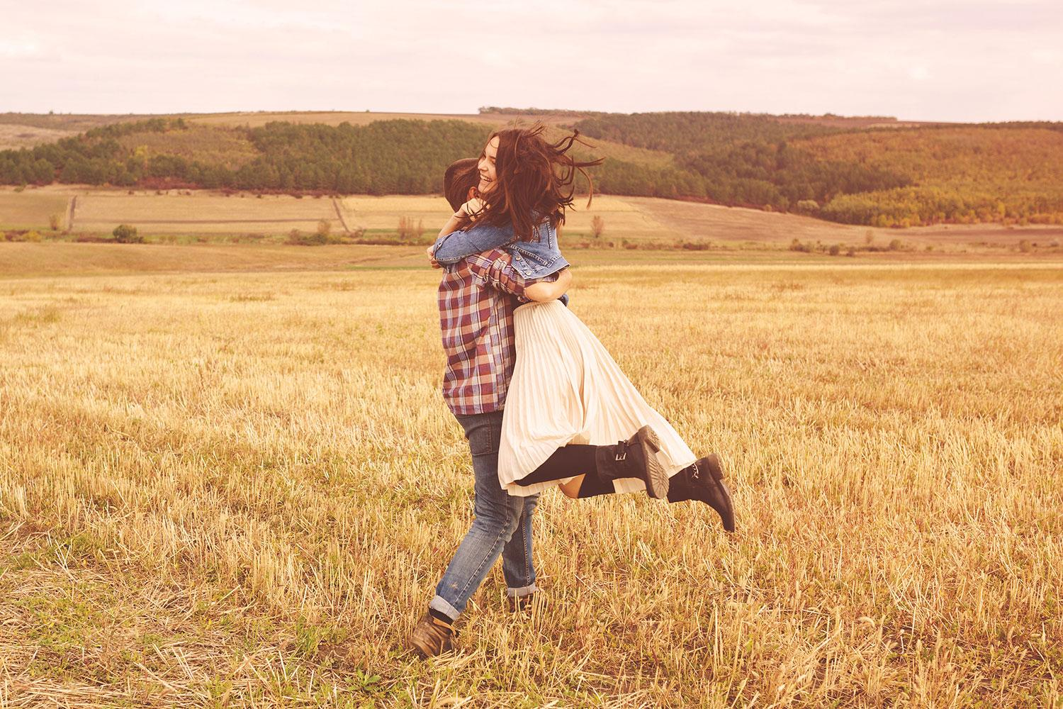 The 10 most romantic apps digital trends - Couple best images ...