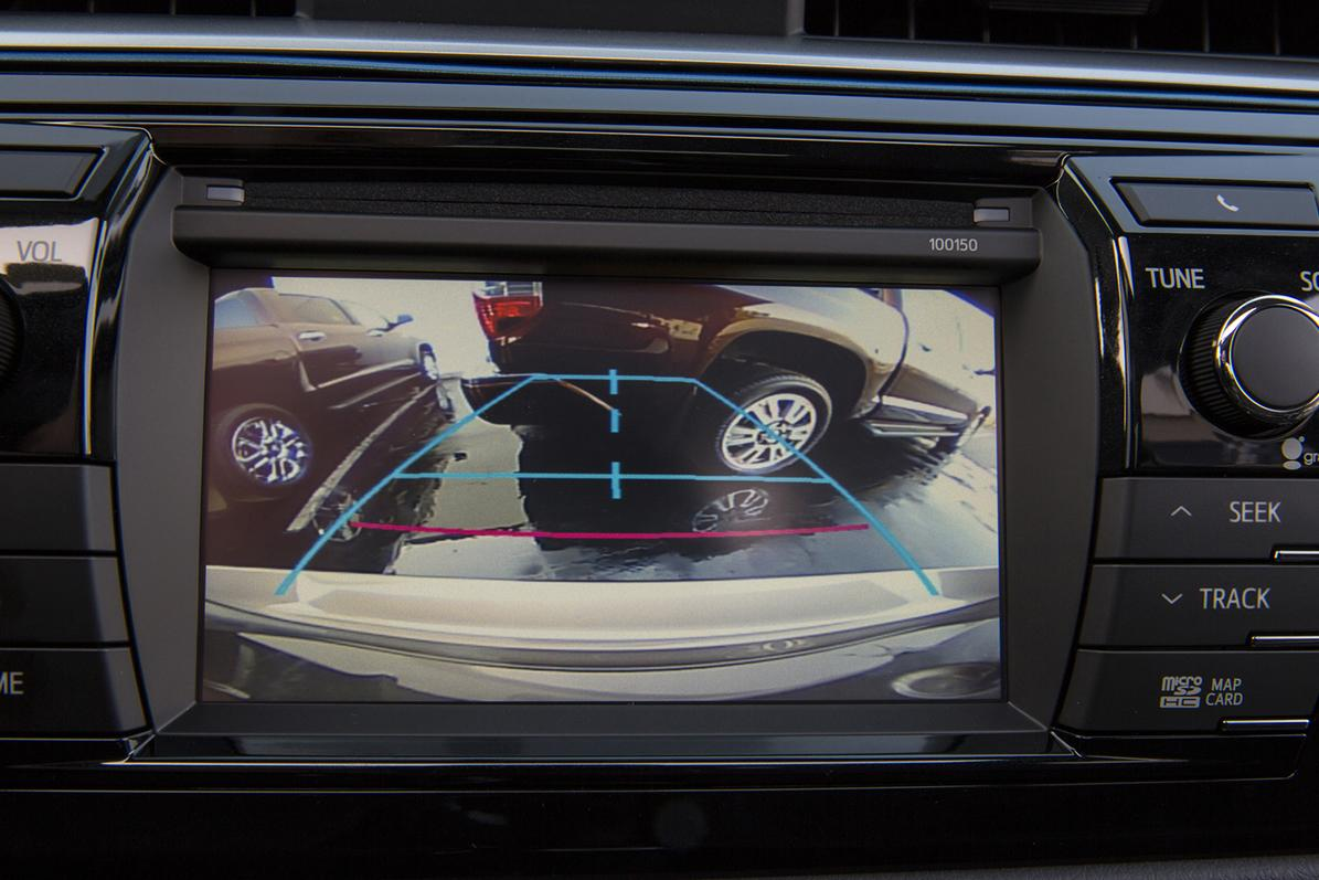 All New Cars Will Be Required To Have Rear View Cameras By