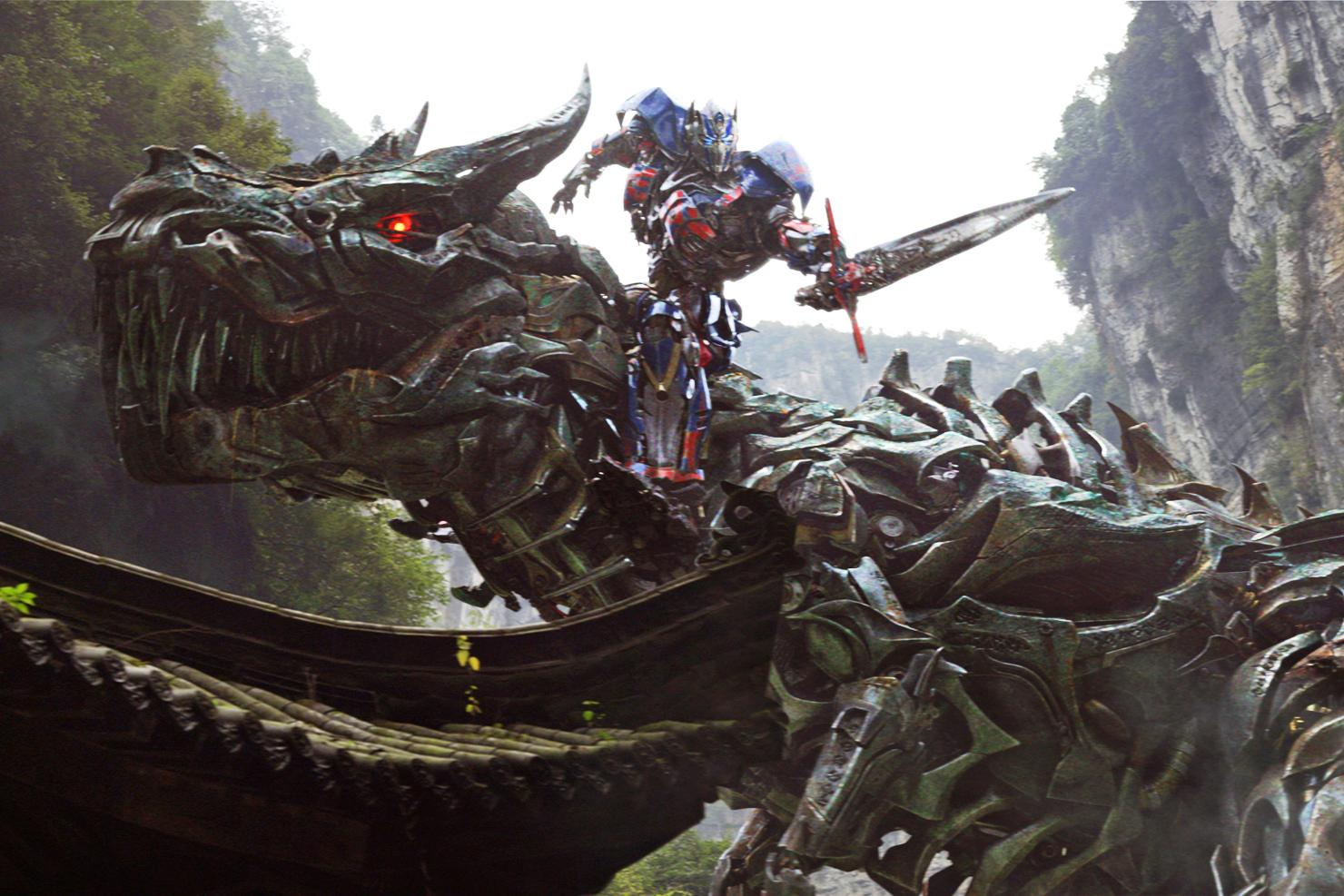 Three Transformers: Age Of Extinction teasers highlight Optimus Prime ...