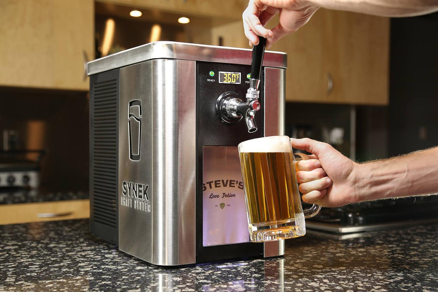 the synek craft brew dispenser is like a keurig for beer