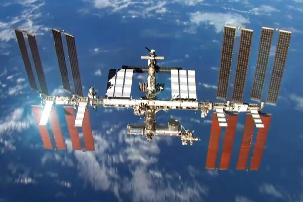 essay on the international space station The life in space section of esa's kids site features news, quizzes, animations and games about astronauts, space stations, space exploration, living in space and.