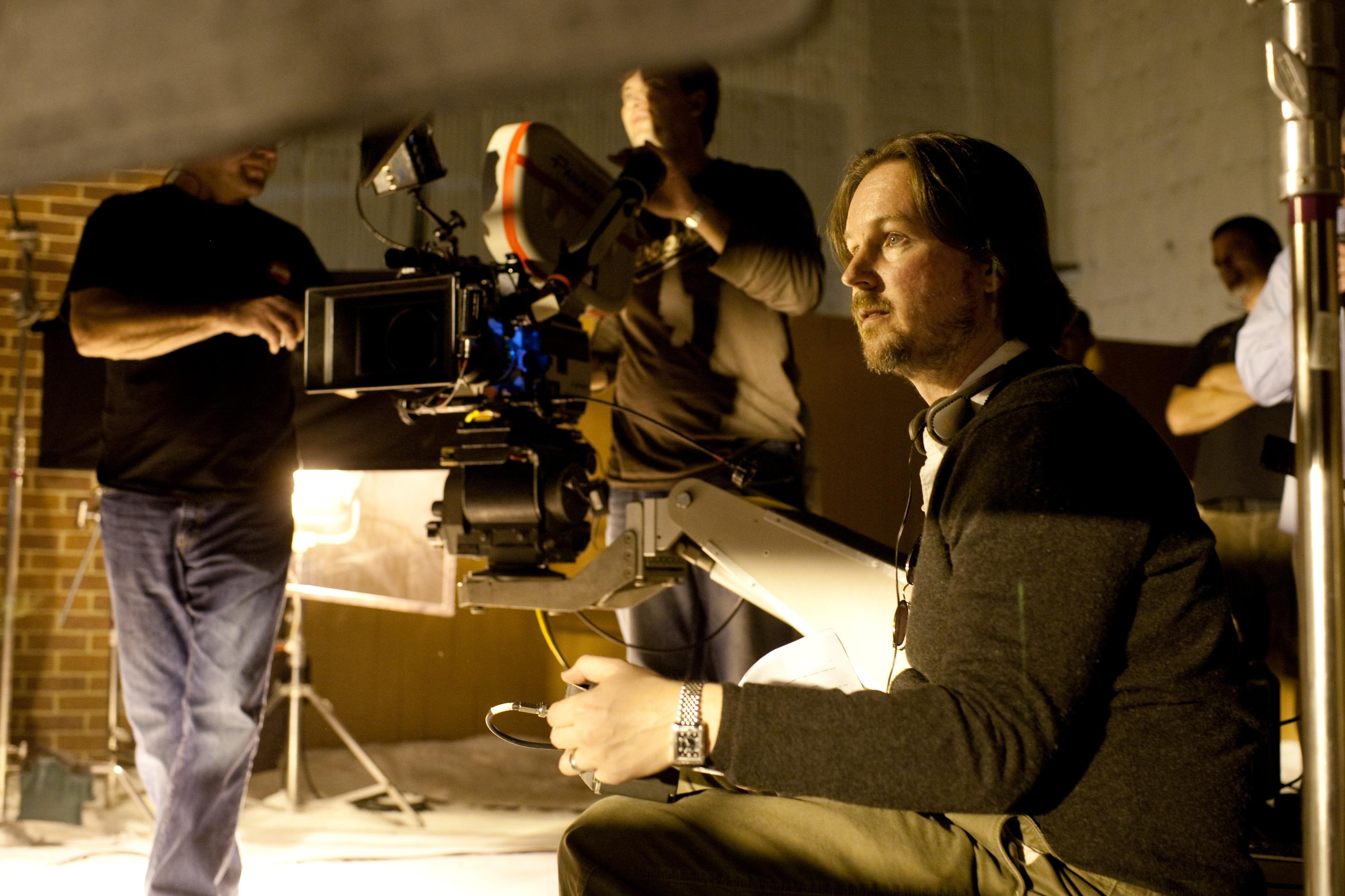 dawn planet apes director hopes film sci fi thriller invisible woman soon matt reeves let me in