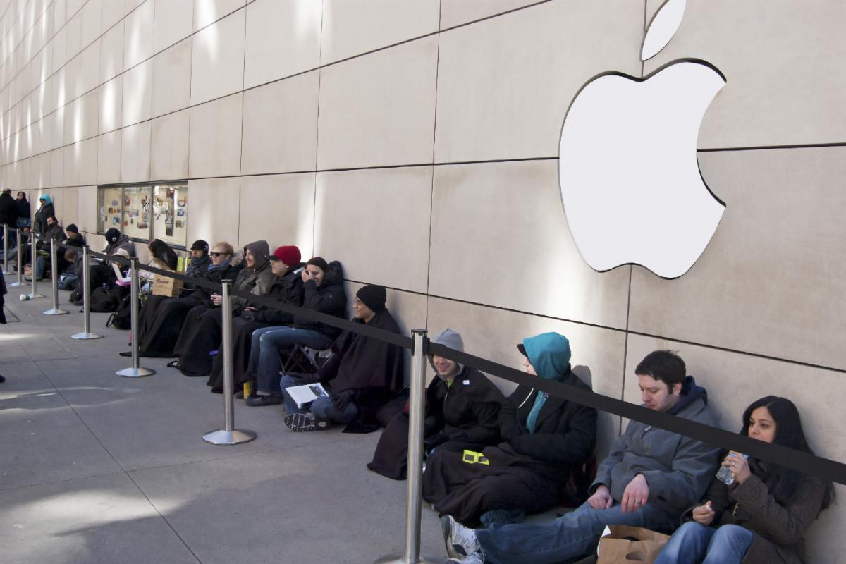 ... million U.S. iPhone owners may be anxious to upgrade to the iPhone 6
