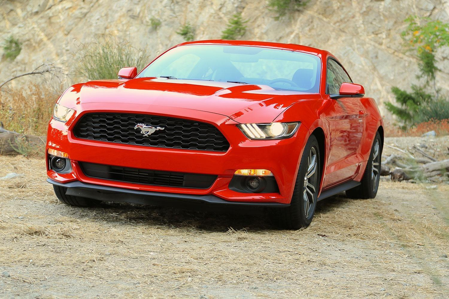 2015 ford mustang ecoboost makes fake engine noise. Black Bedroom Furniture Sets. Home Design Ideas