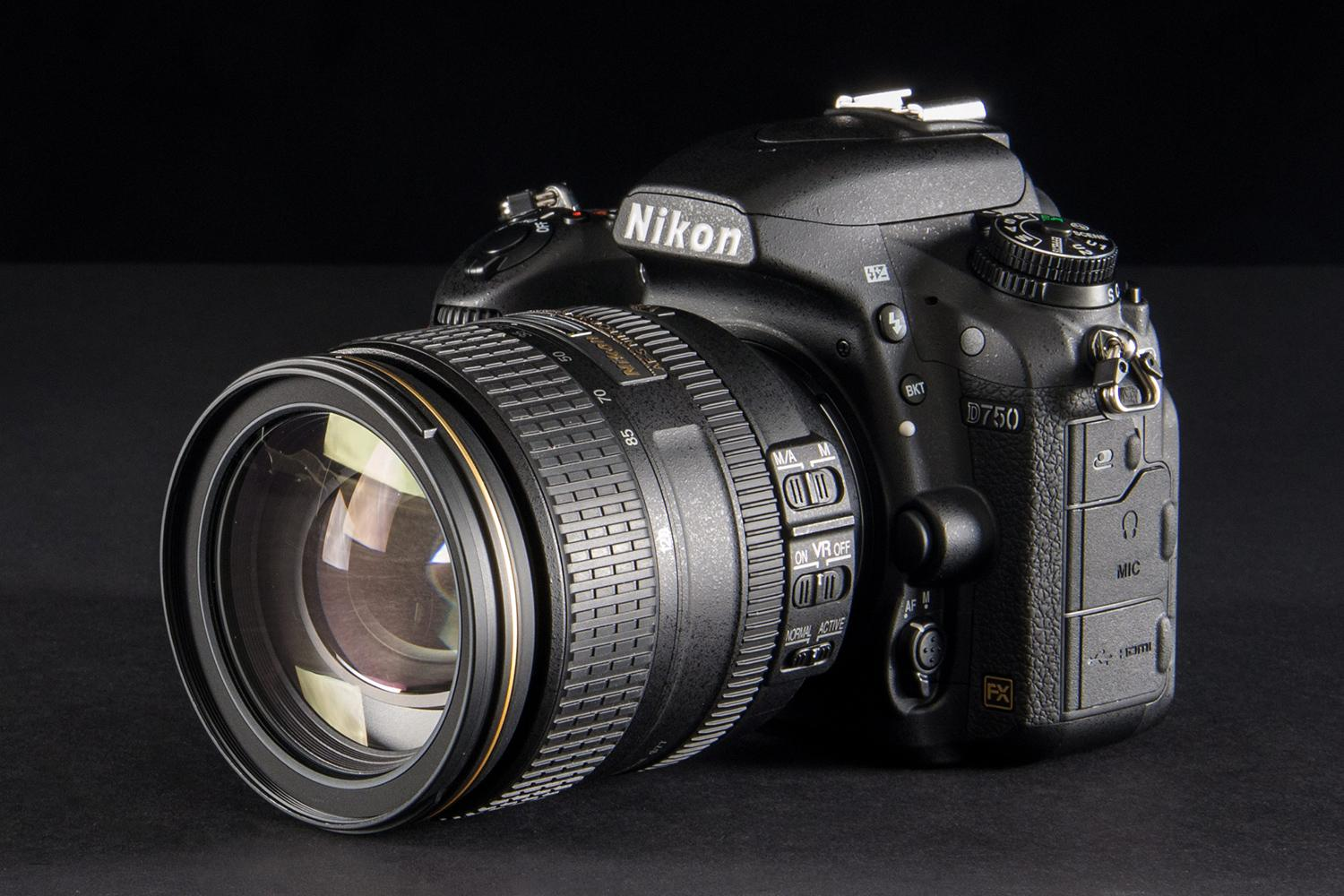 http://s3.amazonaws.com/digitaltrends-uploads-prod/2014/10/Nikon-d750-review-body-angle.jpg