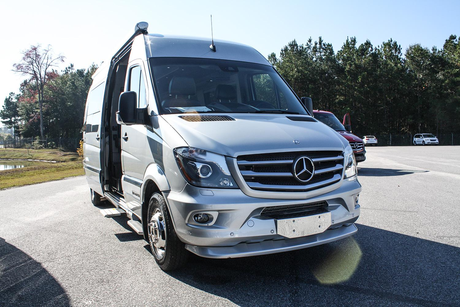 Mercedes benz sprinters sold in the us to be made in the for Mercedes benz work vans