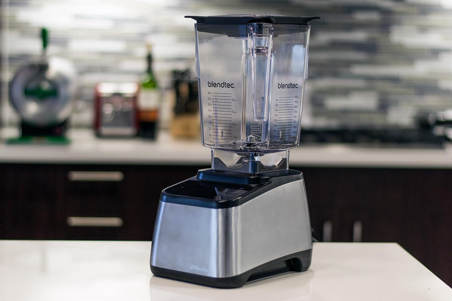 Blendtec-Designer-725-blender-review-overview-2